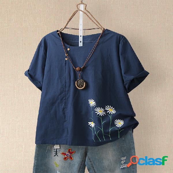 Camiseta de manga curta com estampa floral margarida