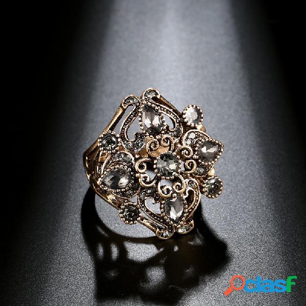 Anel de diamante de metal cinza vintage ouro antigo esculpido anel de dedo de cristal oco