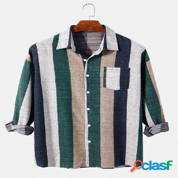 Colarinho de lapela masculina com estampa listrada larga de algodão solto e camisa casual de manga longa com bolso