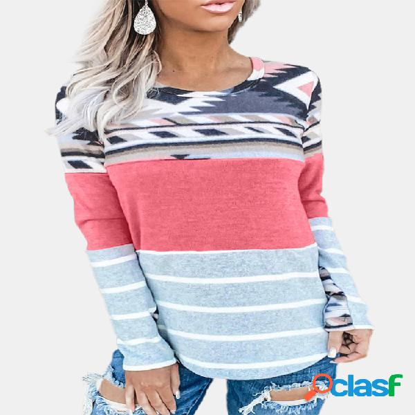 T-shirt com decote em o com estampa de patchwork listrado para mulheres