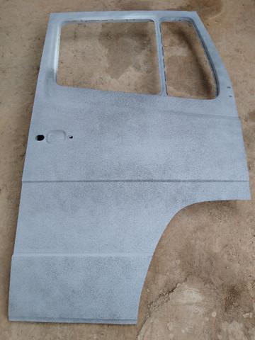 Porta mercedes 1618 lado direito original recuperado ótimo