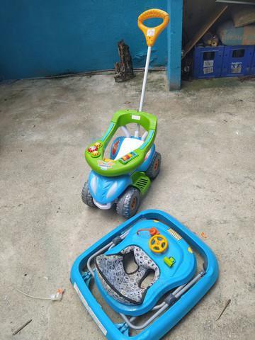 Motoca super comfort calesita + andador tutti baby safari
