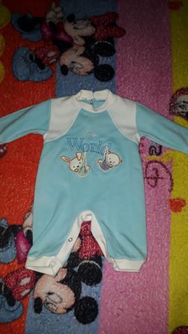 Roupas de bebê menino em perfeito estado