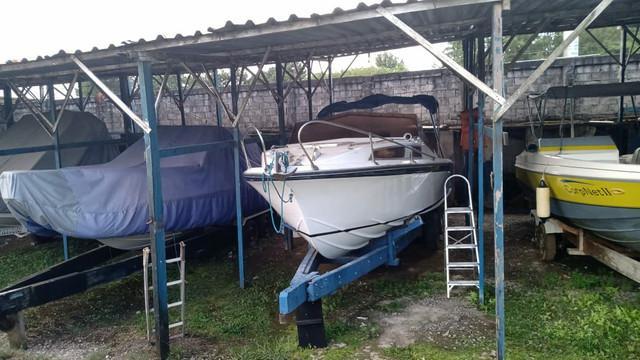 Cabinada/diesel/mar aberto