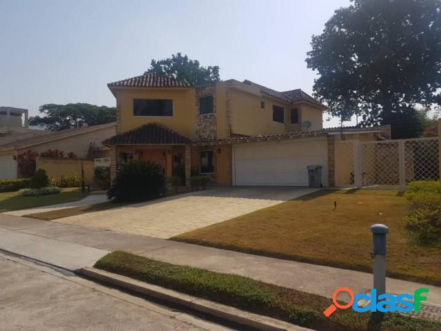 Hermosa casa quinta en venta en conj. villas san diego country 1465mtrs2