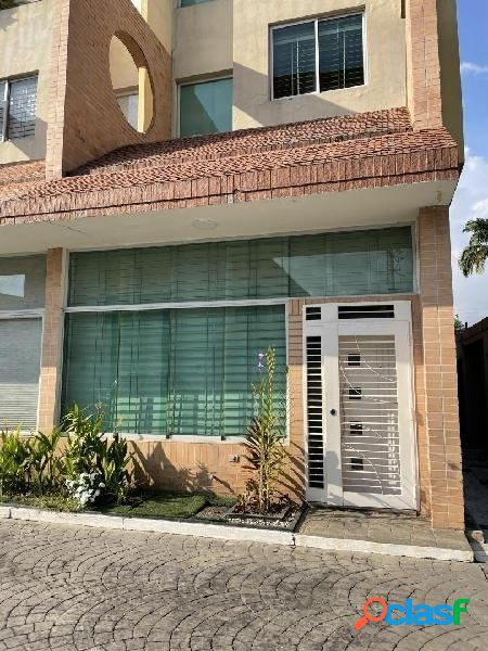 En venta th callejón mañongo antares home 186m2 3 niveles 97.000$