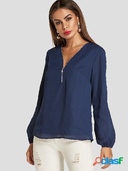 Blusa azul marinho de mangas compridas com decote em v com forro