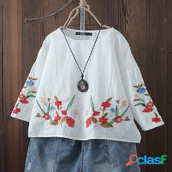 Blusa bordado floral manga longa plus tamanho