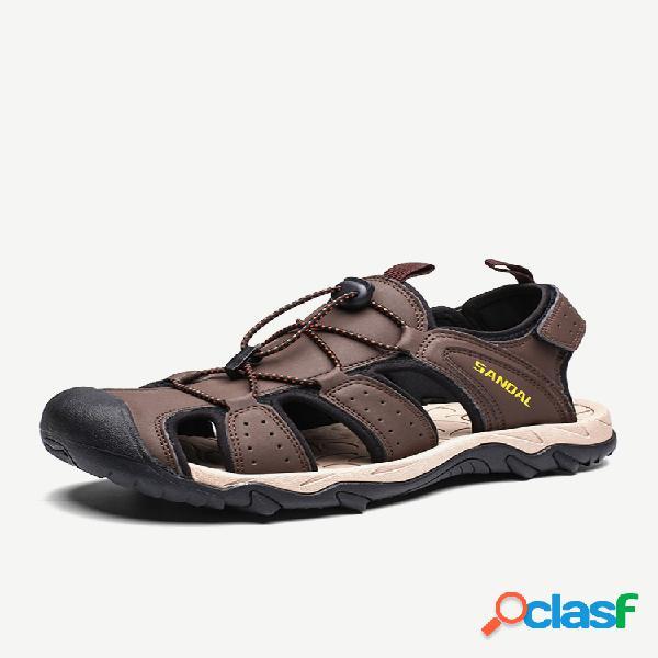 Sandálias masculinas de couro para caminhadas e proteção contra água e ao ar livre.