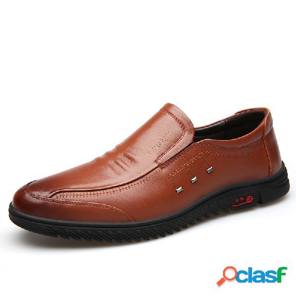 Homens couro de vaca confortável dedo do pé redondo soft único deslizamento em sapatos casuais