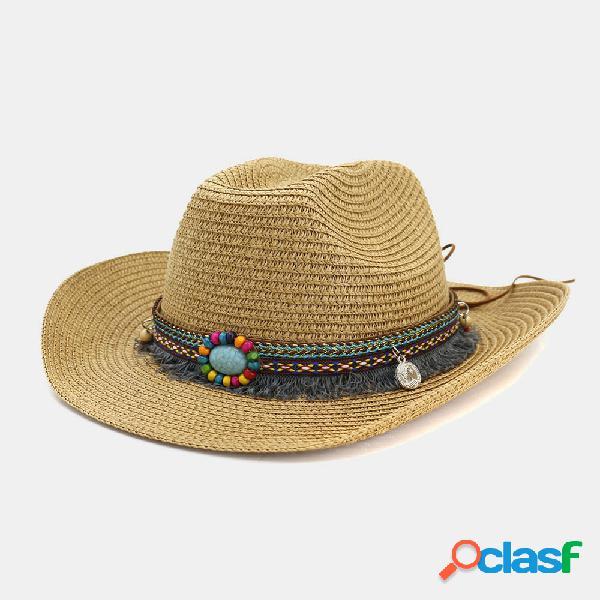 Homens e mulheres cowboy ocidental étnico vento palha chapéu ao ar livre praia chapéu