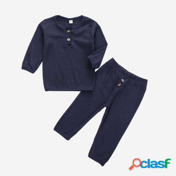 Conjunto de pijama casual de mangas compridas de cor sólida para menino de 1 a 8 anos