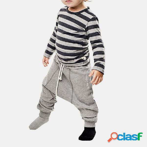Conjunto de roupas casuais de mangas compridas de impressão listrada para menino de 1 a 7 anos