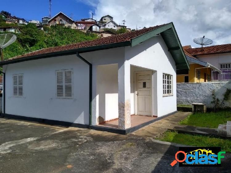 Vila sodipe - 02 casas em alvenaria, terreno totalmente plano, de esquina.