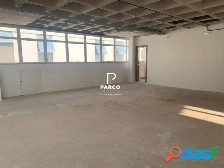 Sala com garagem para venda ou locação no Santo Agostinho 1