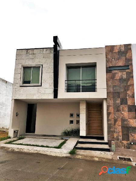 Casa en venta fracc. senderos de monte verde, tlajomulco