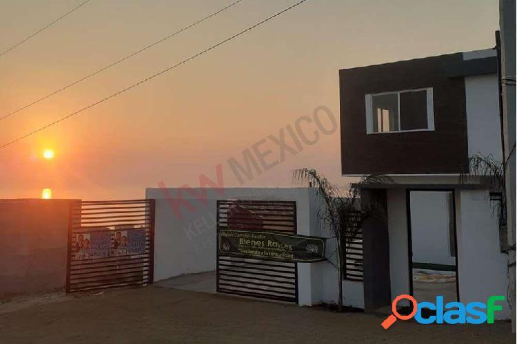 Casa en puerto nuevo con hermosa vista al mar