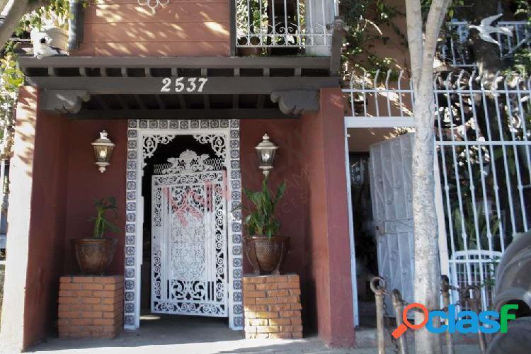 Terreno en venta en ciudad jardin, propiedad con 8 unidades habitacionales