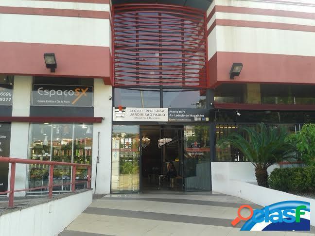 Sala comercial em santana localização nobre.