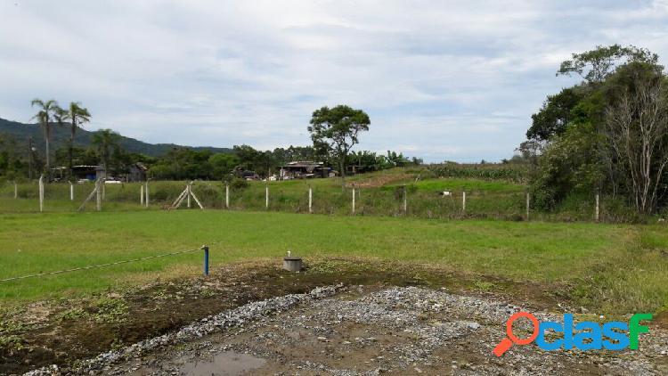Excelente terreno em condomínio fechado em itapema