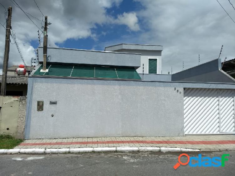 Excelente casa à venda com 3 suítes no bairro cidade nova