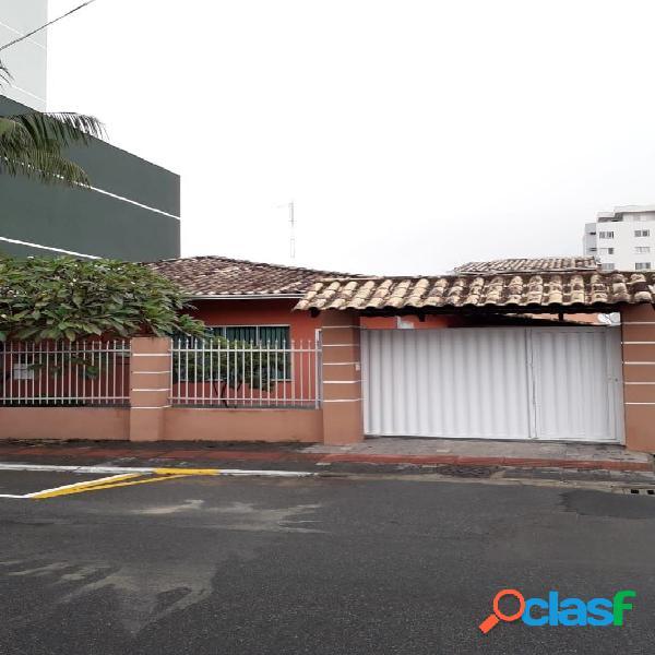 Excelente casa à venda localizada no centro de itajaí