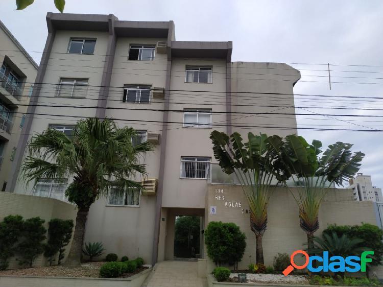Apartamento semimobiliado à venda na vila operária