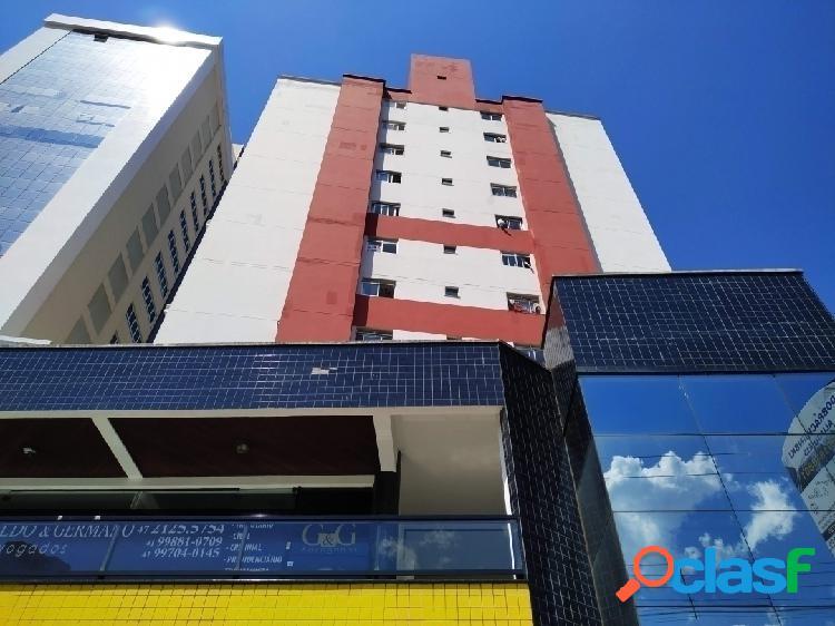 Ótimo apartamento semimobiliado localizado no centro de itajaí
