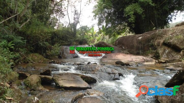 Sítio com riacho, cachoeira e Lago em São Francisco Xavier 1