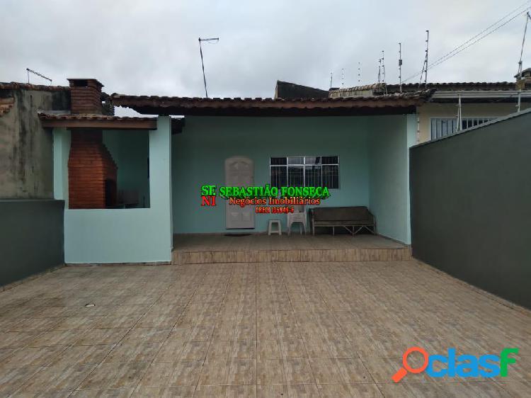 Linda casa com 02 dormitórios em itanhaém no litoral sul de sp