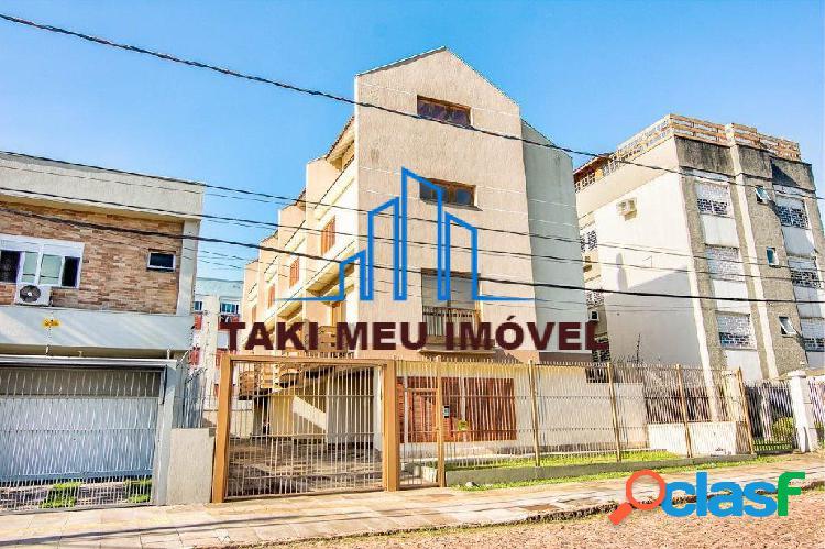 Sobrados com 140m² em condomínio fechado, com 2 dormitórios, sendo 1 suíte.
