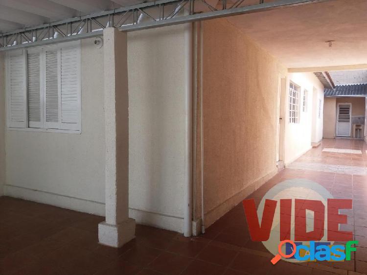 Chácaras reunidas: casa térrea 2 dorms., edícula 1 dorm., terreno c/ 150 m²