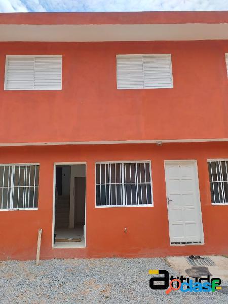 Casa dois dormitórios - cond.residencial villagio - jandira