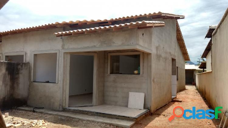 Casa de 03 quartos e churrasqueira em itaipuaçu - em acabamento