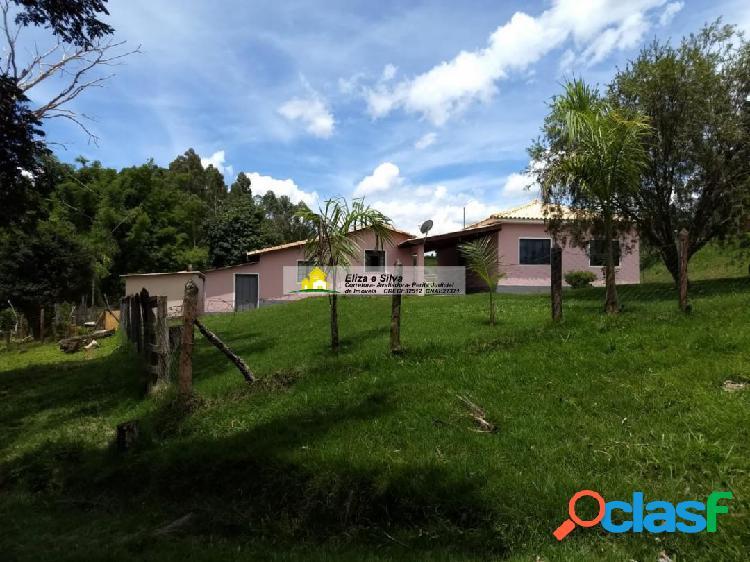 Lindo sítio com casa de morada à venda na zona rural de nova resende