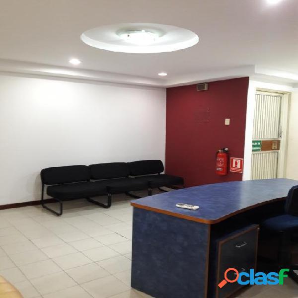 85 M2. Venta Oficina en Av. Bolívar Norte de Valencia ACTIVO NUEVAMENTE
