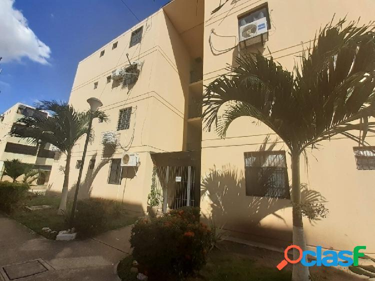 Apartamento en venta buenaventura los guayos 51 m2/ pozo