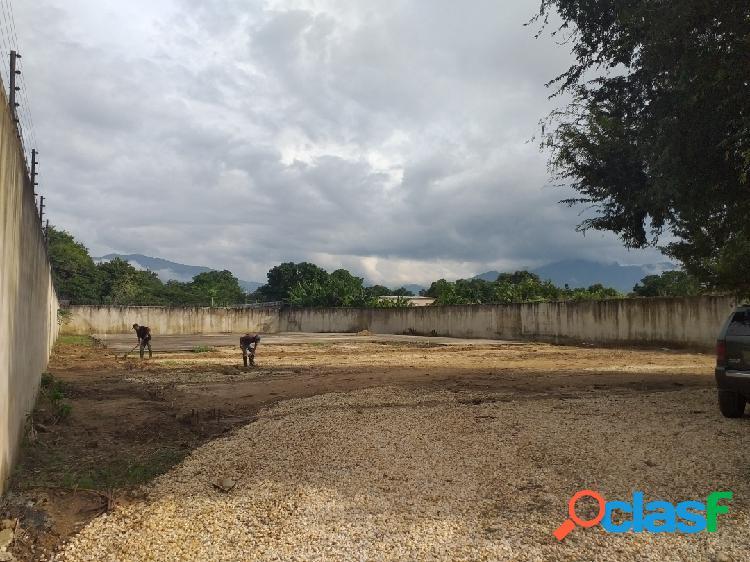 Venta terreno con bienhechurías zona industrial yagua 2202,19 metros
