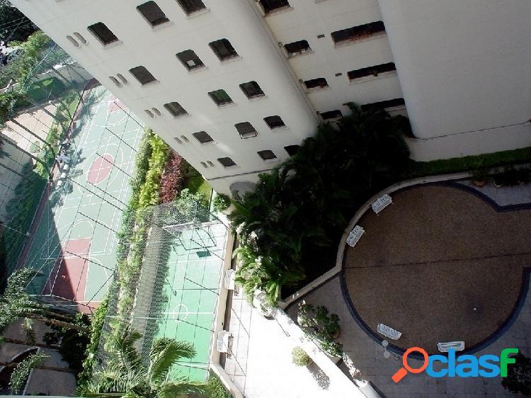Apartamento moema, 4 quartos, 2 suites,3 vagas, 220m.