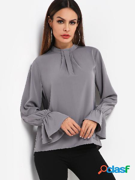 Blusa de bainha curva cinza caixa plissada mangas sino