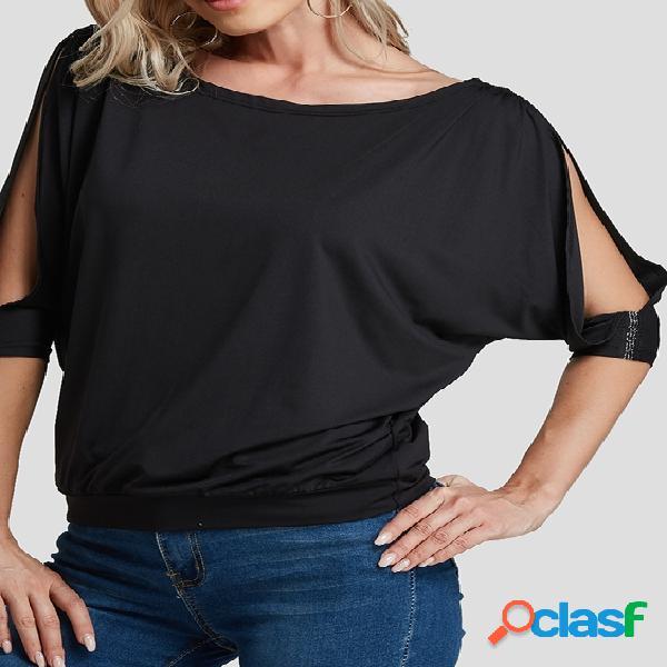 Camiseta preta com decote redondo e meia manga