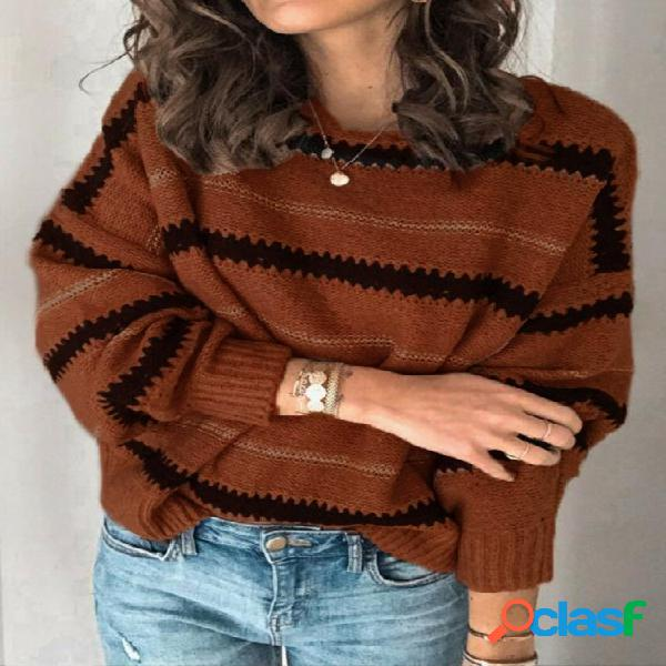 Camisola da moda com gola redonda e mangas compridas