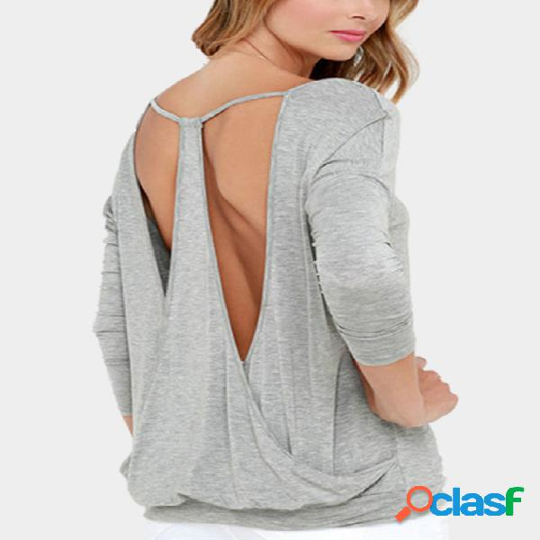 Camiseta com decote em v sem encosto em cinza