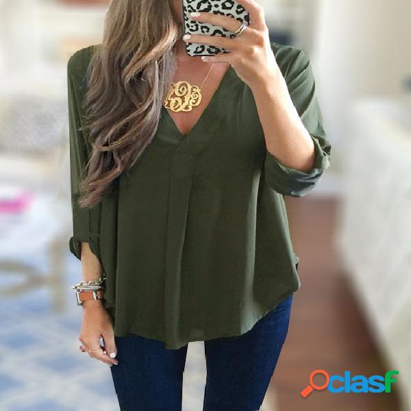 Verde exército com decote em v 3/4 comprimento mangas curva bainha camisa