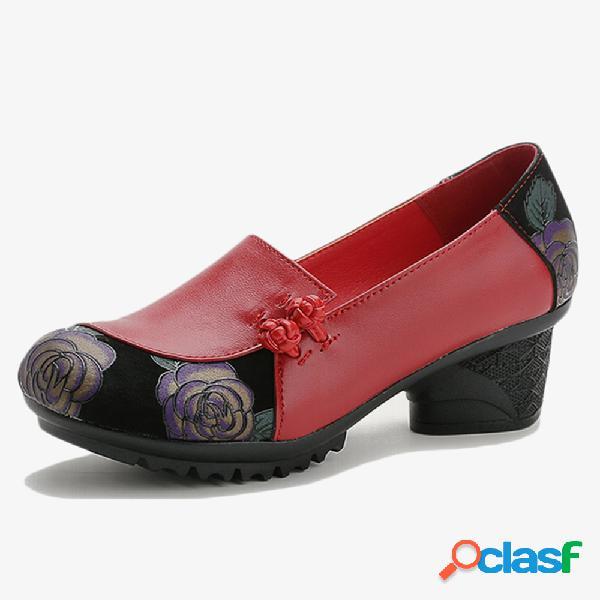 Sapatos de mãe de couro para mulheres soft deslizamento de emenda em bombas de salto robusto