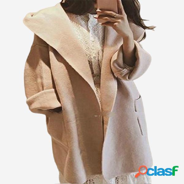 Casaco de lã de seção longa com capuz solto de cor sólida