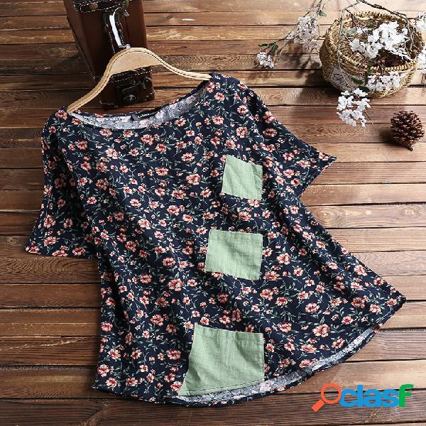Camiseta de manga curta estampada em patchwork floral