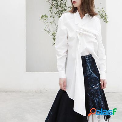 Duas maneiras de usar pérola irregular solta camisa de manga longa casual