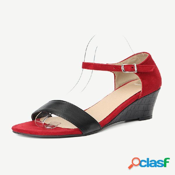 Tamanho grande fivela cor bloco peep toe slide sandálias casuais cunhas