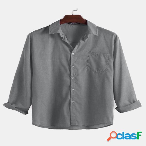 Bolso no peito de cor sólida dos homens turn down collar manga comprida camisas casuais